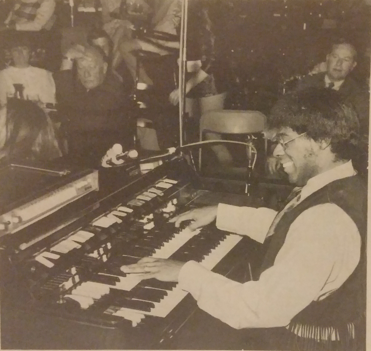 Don Lewis playing the Hammond X-77 with his Ace Tone FR-2L drum machine at the Passport, Ltd. in Denver